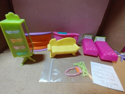 Polly Pocket Relaxin' Resort Polly w/Rock 'n Roller Coaster Hotel (Accessories)