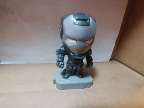 war-machine-mcdonalds-marvel-avengers-movie-figure-shield-figurine