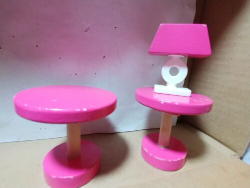 wooden-dollhouse-furniture-coffee-tables-and-lamp-hot-pink-white