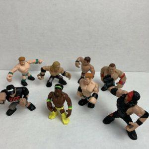 wwe-rumblers-lot-of-mini-wrestlers-mattel-action-figures-undertaker