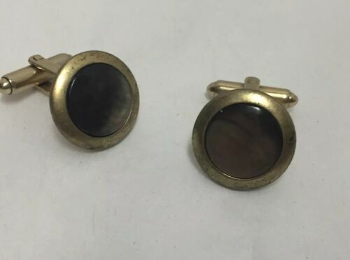 pioneer-cufflinks-vintage-swivel-t-back-gold-tone-iridescent-amber-colored-stone