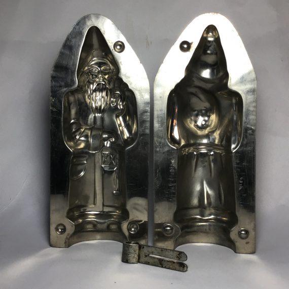 vintage-santa-with-a-sack-metal-chocolate-mold-10310