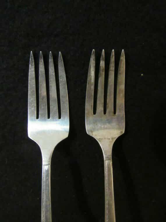2-salad-forks-grenoble-silverplate-2804